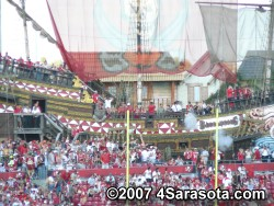 Bucs pirate ship